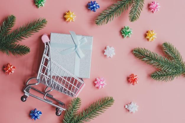 Online winkelen voor kerstmis en nieuwjaar. online verkoopconcept