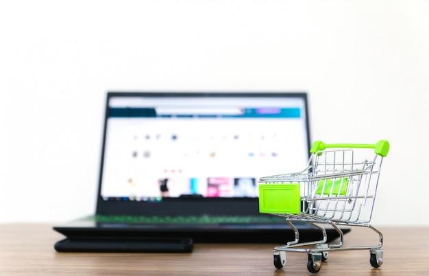 Online winkelwagentje verkoop van e-commerce gemak