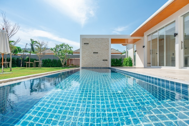 Onroerend goed interieur en exterieur design zwembad van het huis