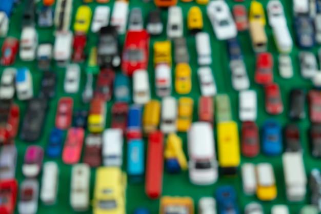 Onscherpe achtergrond van auto's op parkeerplaats