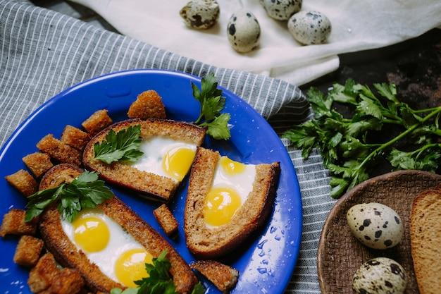 Ontbijt met kwarteleitjes