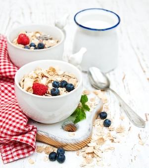 Ontbijt met verse bessen
