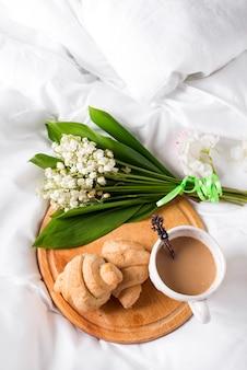 Ontbijt op bed ochtend