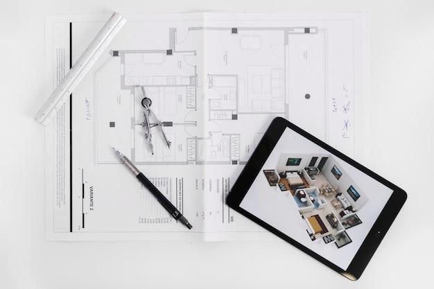 Ontwerp onder tablet en gereedschappen