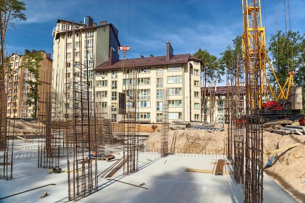 Ontwerp van wapeningskooi van wapening voor betonnen framehuis bakstenen huisbekisting f