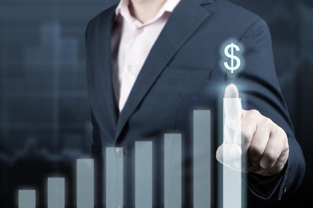 Ontwikkeling en groei concept zakenman plant groei en verhoging van positieve indicatoren
