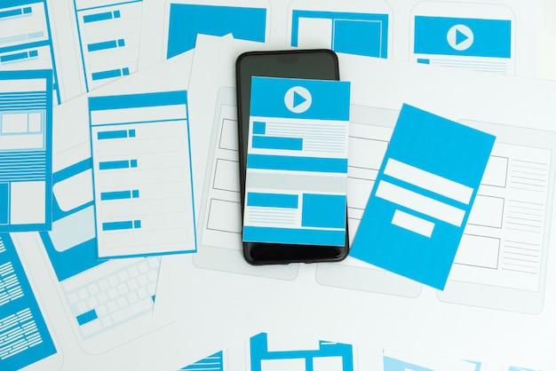 Ontwikkeling van draadframe ux / ui mobiele applicatie.