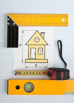 Ontwikkelingstekeningen en tools op ruitjespapier