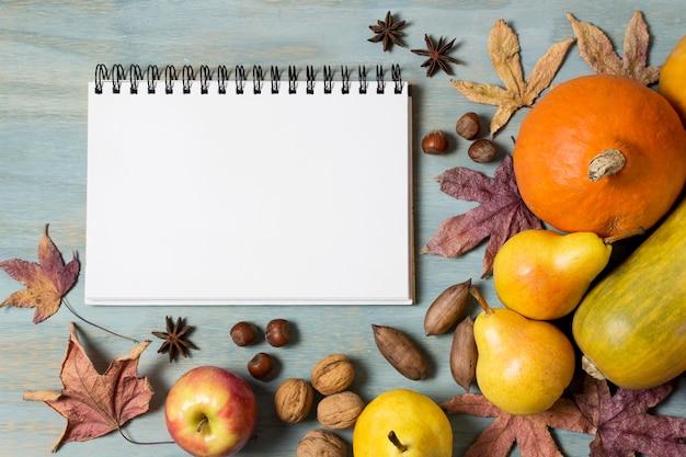 Oogst met notebook bovenaanzicht