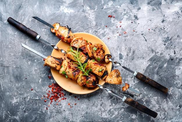 Oost-kebab-gegrild vlees