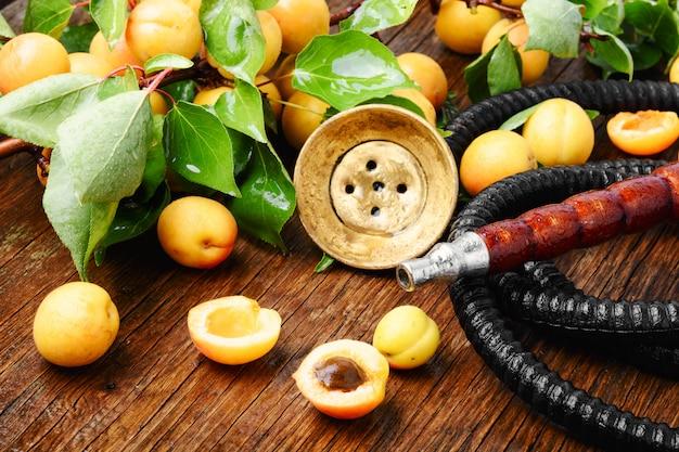 Oosterse shisha met abrikoos