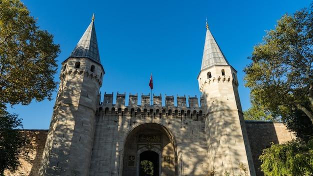 Op het grondgebied van sultanahmet, istanbul, turkije.