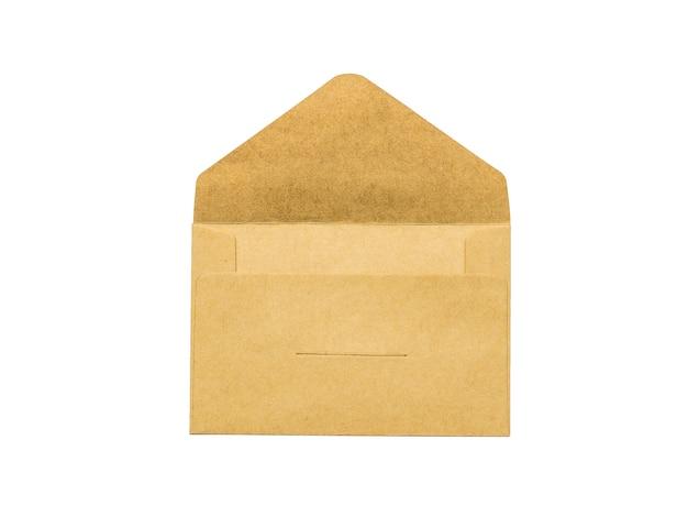 Open papieren post envelop geïsoleerd op een witte achtergrond. plat leggen.