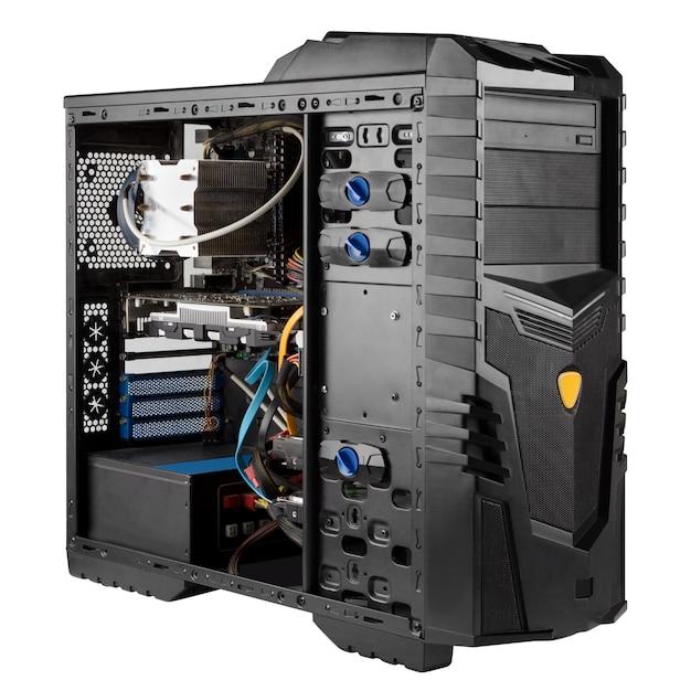 Open systeemeenheid geïsoleerd, computerkast met losgemaakt zijpaneel
