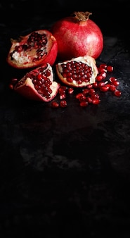Open verse rijpe granaatappels