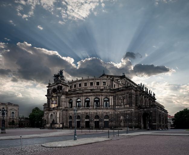 Operagebouw van dresden