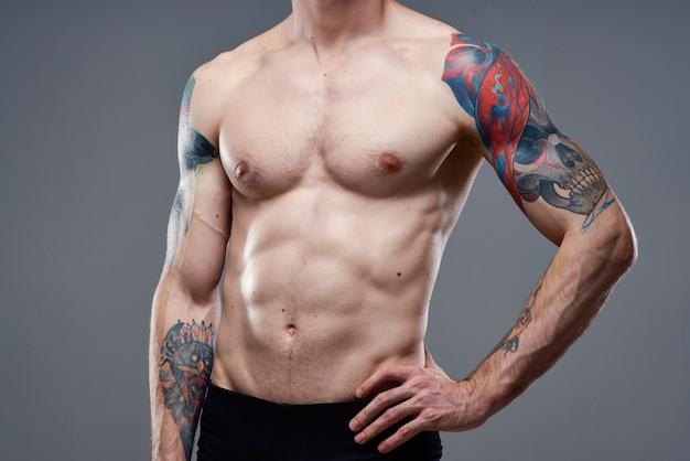 Opgepompte buikspieren workout close-up