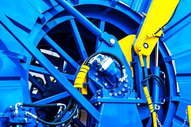 Opgerolde buis machine detail om te werken in de olievelden