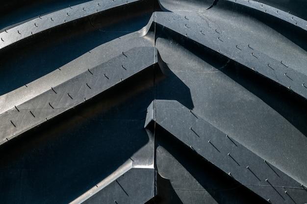 Oppervlak van nieuwe autoband. close-up textuur van rubberen ritus