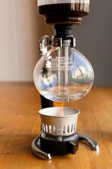Opstelling met koffiemachine