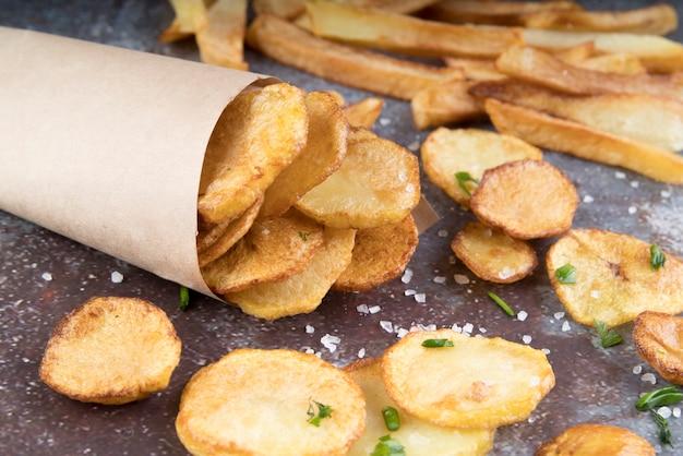 Opstelling van frietjes en chips