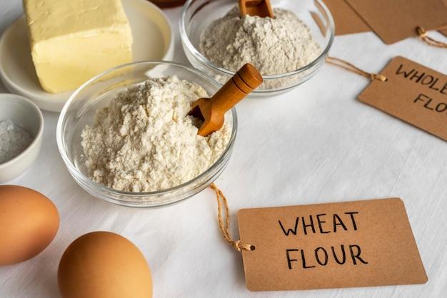 Opstelling van heerlijk eten en ingrediënten