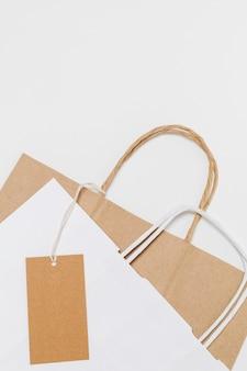 Opstelling van recyclebare boodschappentassen