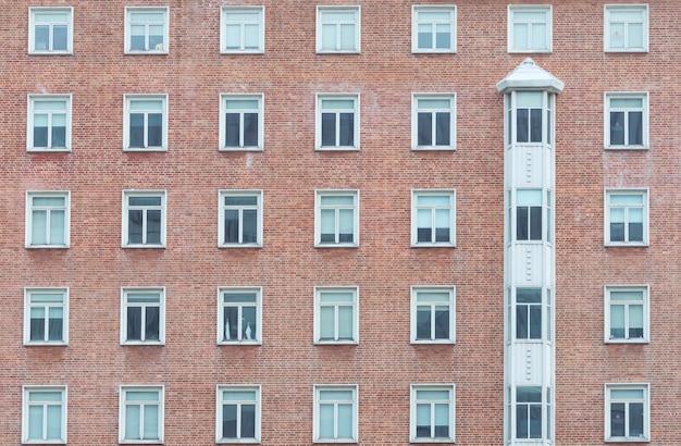 Oranje bakstenen muur vintage gebouw