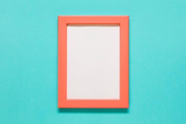 Oranje frame op blauwe achtergrond