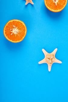 Oranje fruit en zeesterren