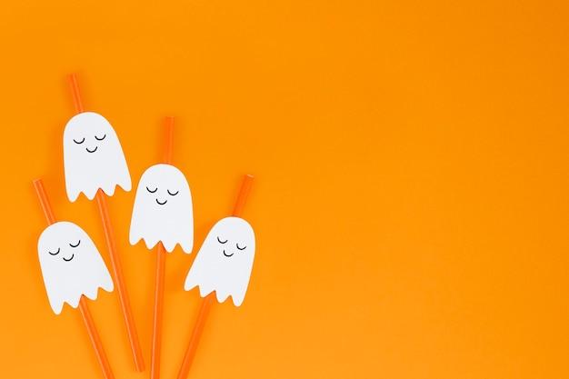 Oranje halloween-spookrietjes decorontwerpbronnen