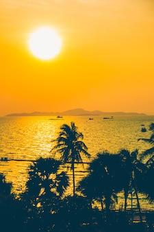 Oranje paradijs zon landschap achtergrond