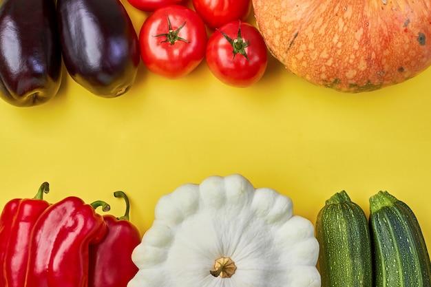 Organisch vers groentekader op geel