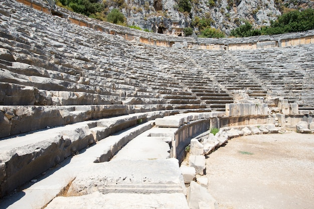 Oud amfitheater in myra, turkije