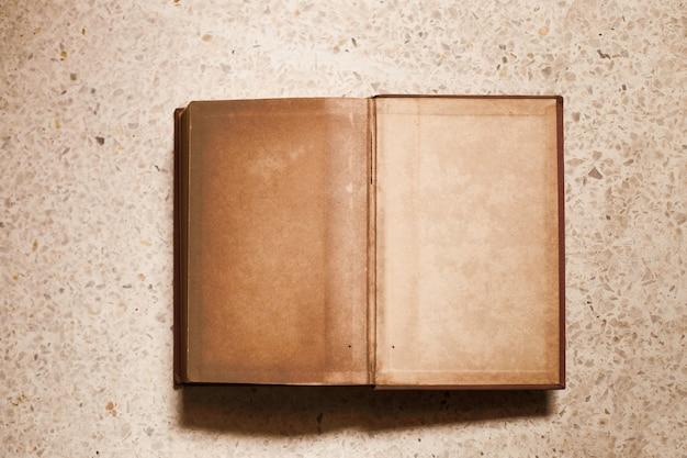 Oud boek