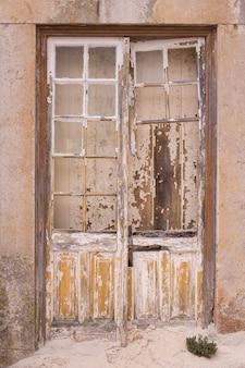 Oud deurdetail