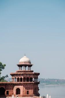 Oud gebouw in india