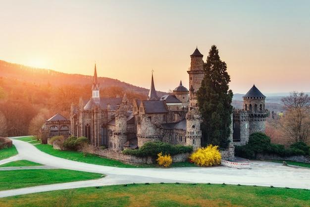 Oud kasteel. fantastisch uitzicht op de schoonheid van de wereld. duitsland