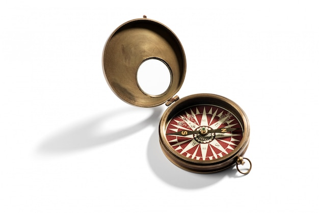 Oud messing vintage kompas voor navigatie