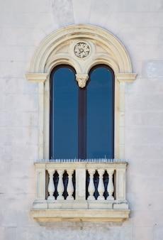 Oud venster uit sicilië