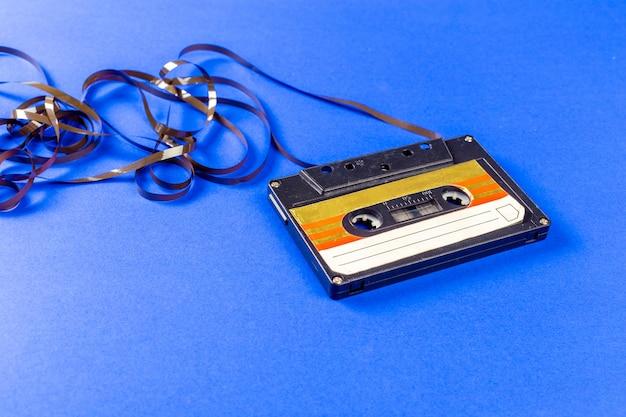 Oude audiocassetteband