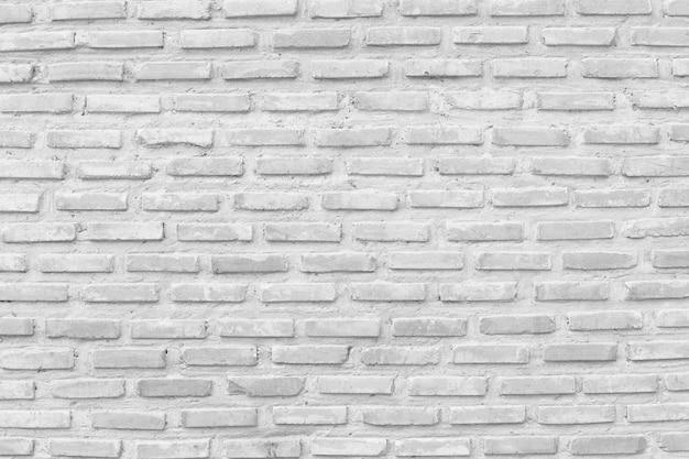 Oude bakstenen muur in decoratiearchitectuur.
