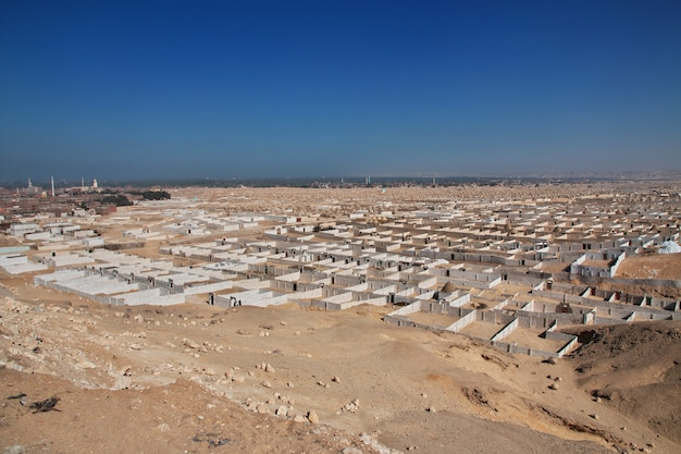Oude begraafplaats in amarna, egypte
