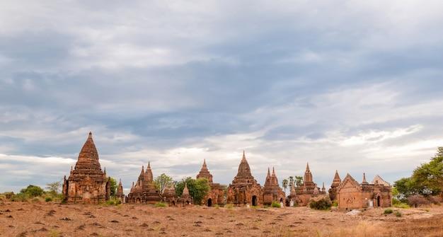 Oude boeddhistische tempels in bagan
