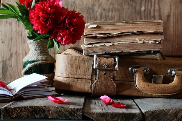 Oude boekenkoffer van leer