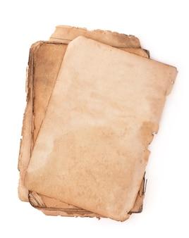 Oude boekpagina's met schaduw. met uitknippad.