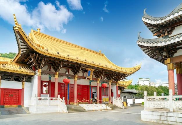 Oude gebouwen in de stad, liuzhou, guangxi, china. Premium Foto