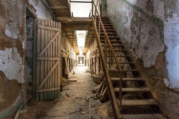 Oude gevangenisgang