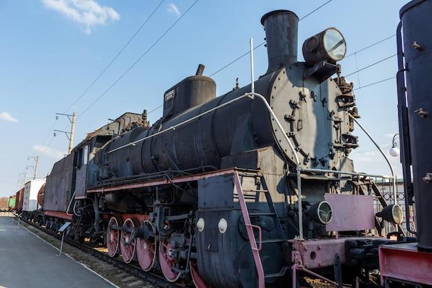 Oude historische vintage retro trein