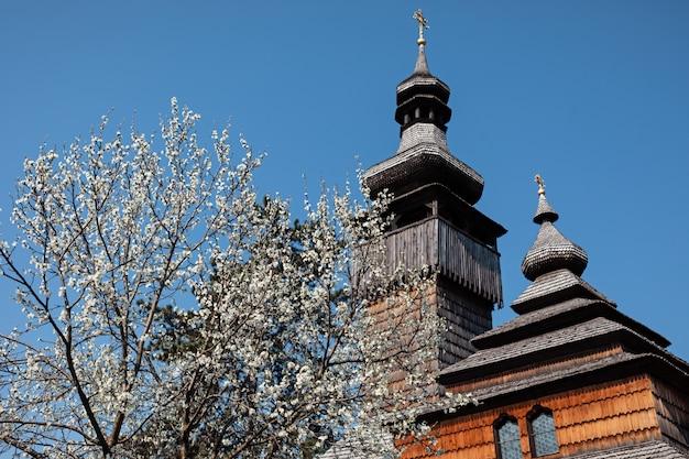 Oude houten kerk